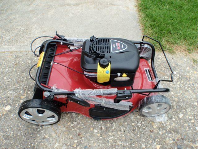 """22"""" Lawnmower Endoro Max DM6000 Engine Briggs&Stration 675 Series 190cc Serial no. 10 0429 5823366"""