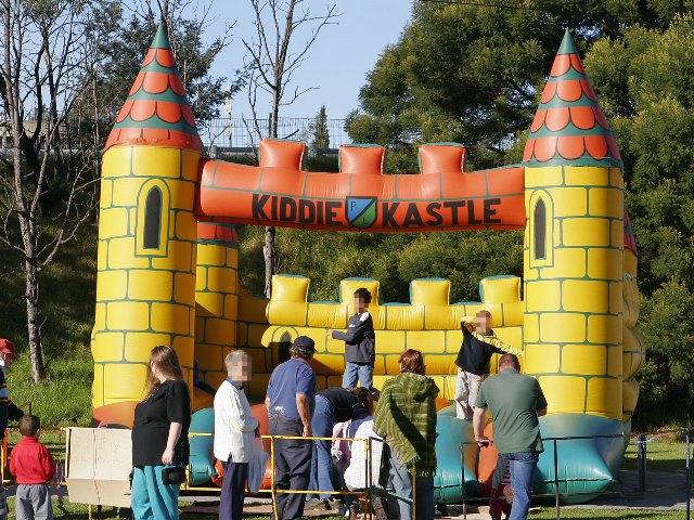 Jumping_castle-small
